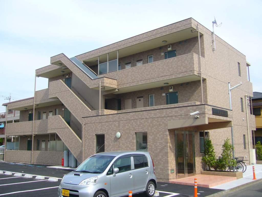 神奈川県大和市、南林間駅徒歩21分の築8年 3階建の賃貸マンション