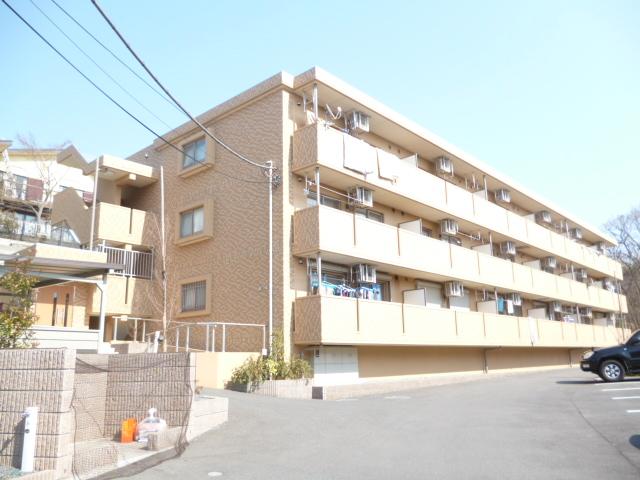 神奈川県相模原市南区、相模大野駅徒歩9分の築6年 3階建の賃貸マンション