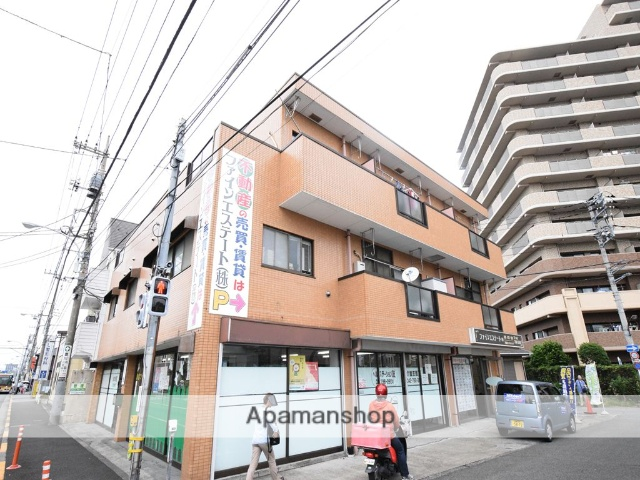 東京都町田市、すずかけ台駅徒歩15分の築27年 3階建の賃貸マンション