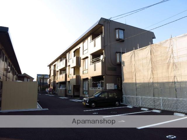 神奈川県相模原市中央区、淵野辺駅徒歩7分の築27年 3階建の賃貸アパート