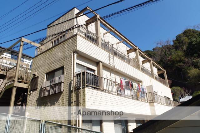 神奈川県横須賀市、横須賀駅徒歩15分の築27年 3階建の賃貸アパート