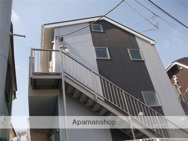 神奈川県横須賀市、追浜駅徒歩4分の築4年 2階建の賃貸アパート