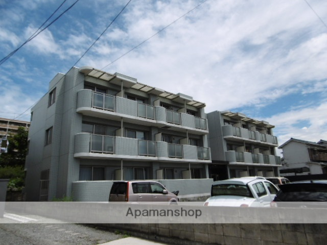 神奈川県横須賀市、衣笠駅徒歩5分の築10年 3階建の賃貸マンション
