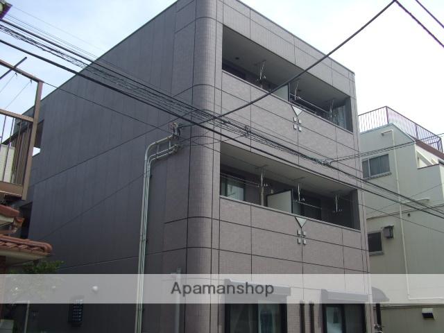 神奈川県川崎市幸区、川崎駅徒歩11分の築10年 3階建の賃貸マンション