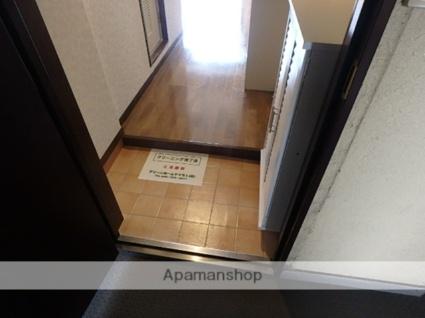 L'sビル[1R/16.47m2]の玄関