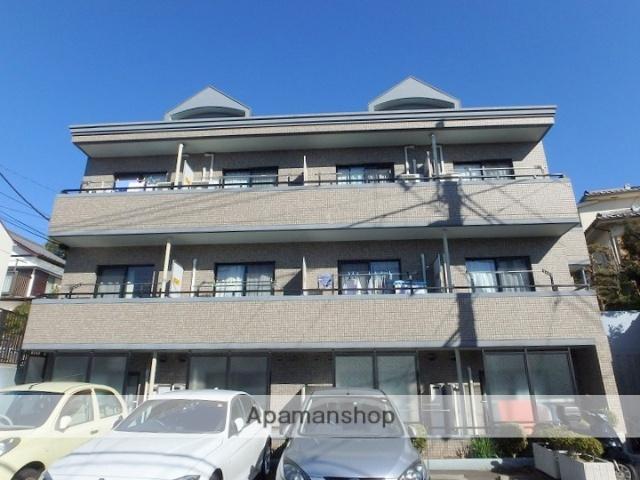 神奈川県横浜市青葉区、江田駅徒歩15分の築11年 3階建の賃貸マンション