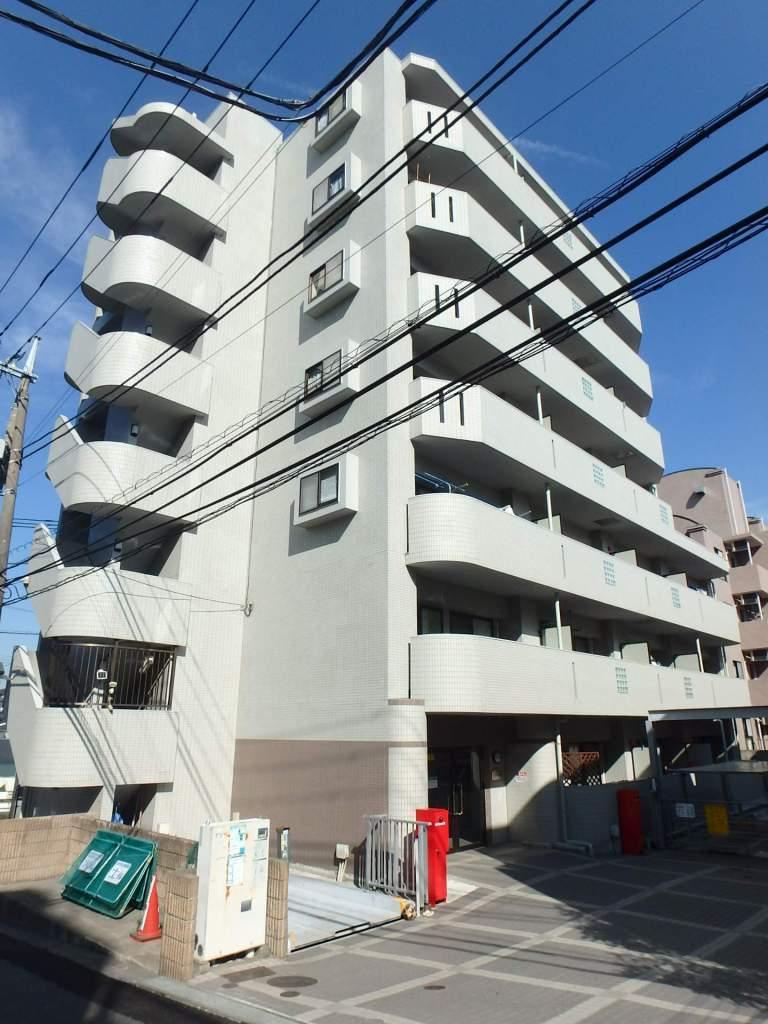 神奈川県横浜市青葉区、市が尾駅徒歩5分の築16年 7階建の賃貸マンション