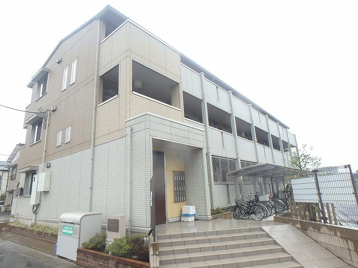 神奈川県川崎市高津区、津田山駅徒歩11分の築4年 3階建の賃貸アパート