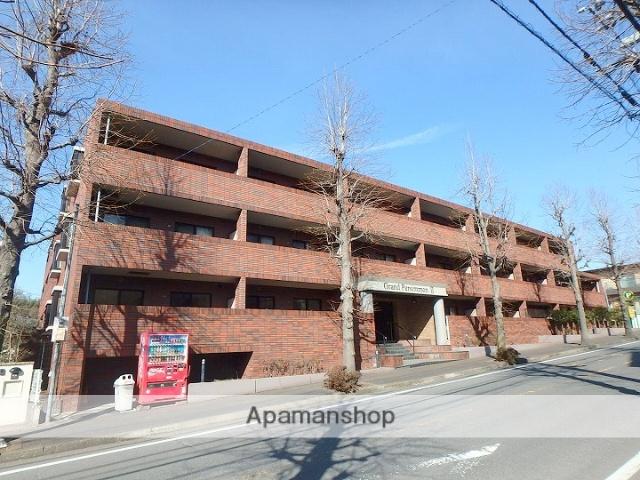 神奈川県横浜市青葉区、市が尾駅徒歩25分の築13年 3階建の賃貸マンション