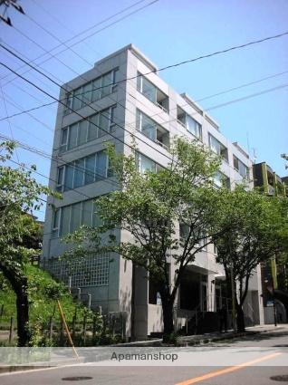 神奈川県川崎市宮前区、宮前平駅徒歩20分の築9年 5階建の賃貸マンション