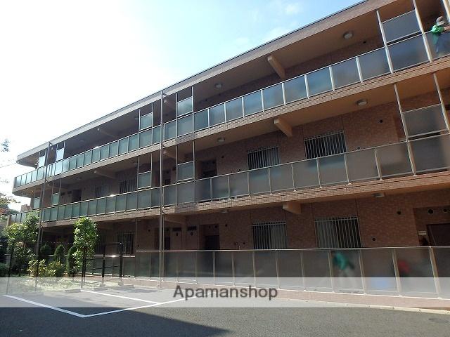 神奈川県横浜市青葉区、江田駅徒歩20分の築8年 3階建の賃貸マンション