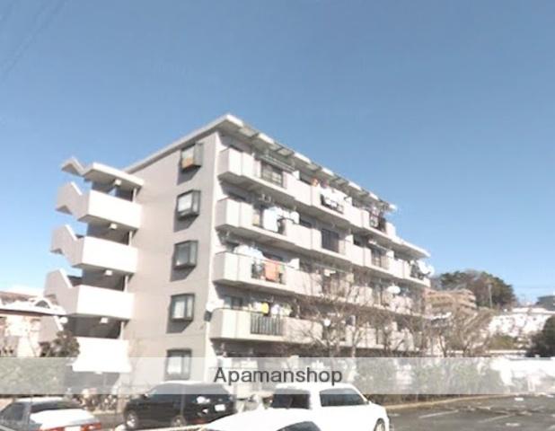 神奈川県川崎市宮前区、梶が谷駅徒歩15分の築27年 5階建の賃貸マンション