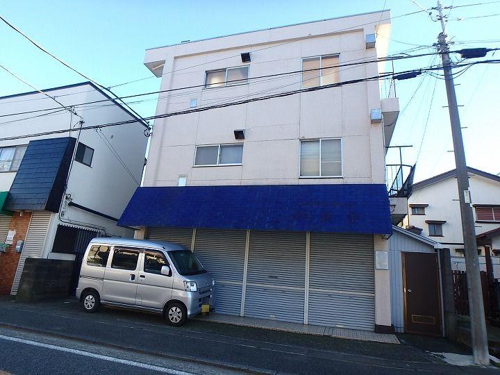 神奈川県川崎市宮前区、梶が谷駅徒歩12分の築45年 3階建の賃貸マンション