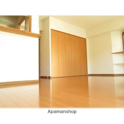 神奈川県横浜市青葉区しらとり台[1K/24m2]のリビング・居間