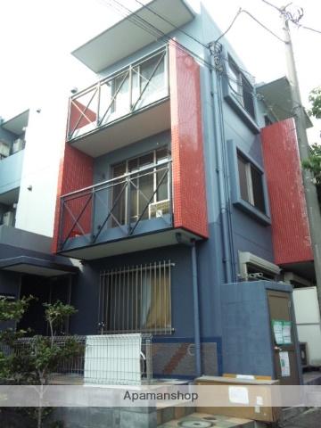 神奈川県川崎市宮前区、梶が谷駅徒歩18分の築10年 3階建の賃貸マンション