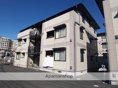 神奈川県横浜市青葉区、江田駅徒歩11分の築16年 3階建の賃貸アパート