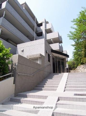 神奈川県川崎市宮前区、宮前平駅徒歩20分の築19年 5階建の賃貸マンション