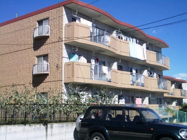 神奈川県川崎市宮前区、宮前平駅徒歩5分の築29年 4階建の賃貸マンション