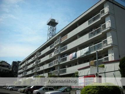 神奈川県川崎市宮前区、梶が谷駅徒歩23分の築39年 5階建の賃貸マンション