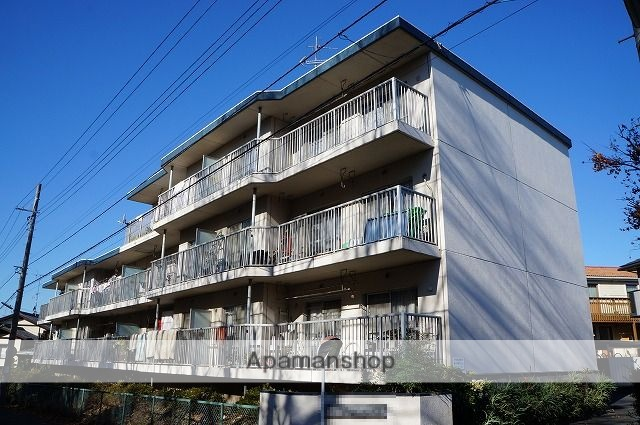 神奈川県横浜市青葉区、藤が丘駅徒歩17分の築34年 3階建の賃貸マンション
