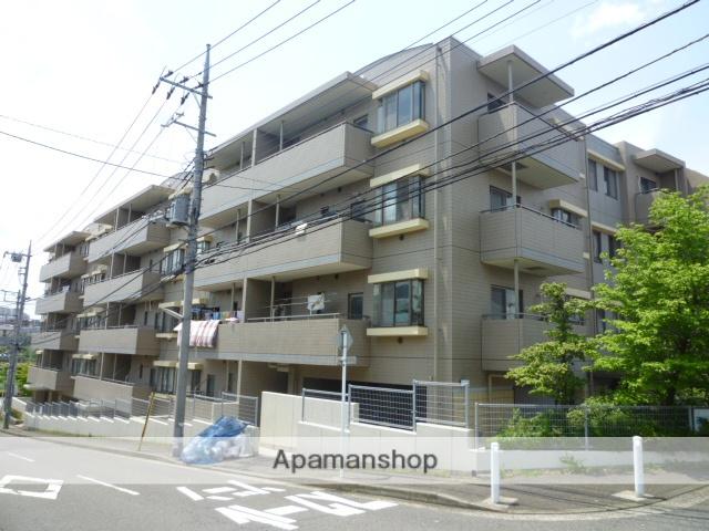 神奈川県横浜市青葉区、十日市場駅徒歩12分の築22年 5階建の賃貸マンション
