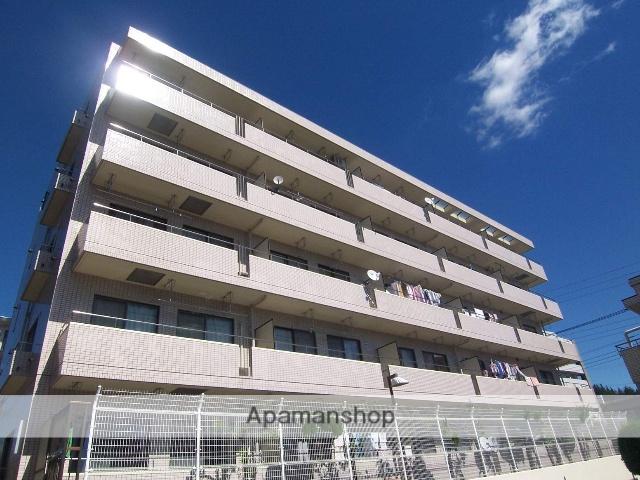 神奈川県横浜市青葉区、たまプラーザ駅徒歩9分の築28年 5階建の賃貸マンション