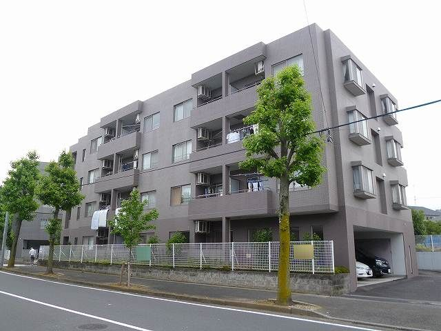神奈川県横浜市青葉区、藤が丘駅徒歩16分の築23年 4階建の賃貸マンション