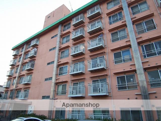 神奈川県横浜市青葉区、江田駅徒歩15分の築41年 6階建の賃貸マンション