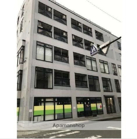 神奈川県横浜市鶴見区、鶴見駅徒歩10分の築25年 6階建の賃貸マンション