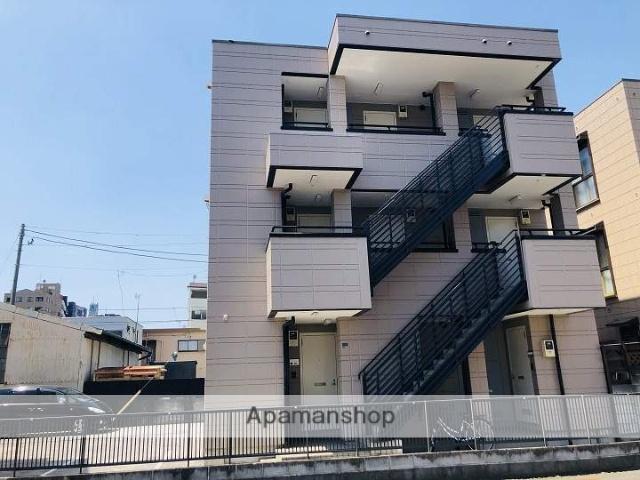 神奈川県横浜市鶴見区、国道駅徒歩5分の築23年 3階建の賃貸マンション