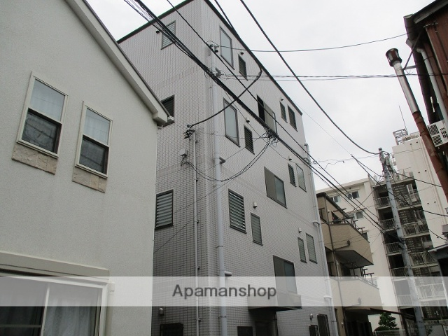 神奈川県横浜市鶴見区、鶴見駅徒歩10分の築22年 4階建の賃貸マンション