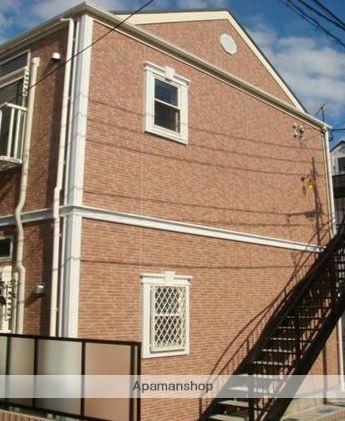 神奈川県横浜市鶴見区、鶴見駅徒歩10分の築6年 2階建の賃貸アパート