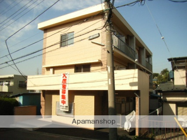 神奈川県横浜市鶴見区、鶴見駅徒歩30分の築47年 3階建の賃貸マンション
