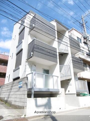 神奈川県横浜市神奈川区、東神奈川駅徒歩10分の築2年 3階建の賃貸アパート