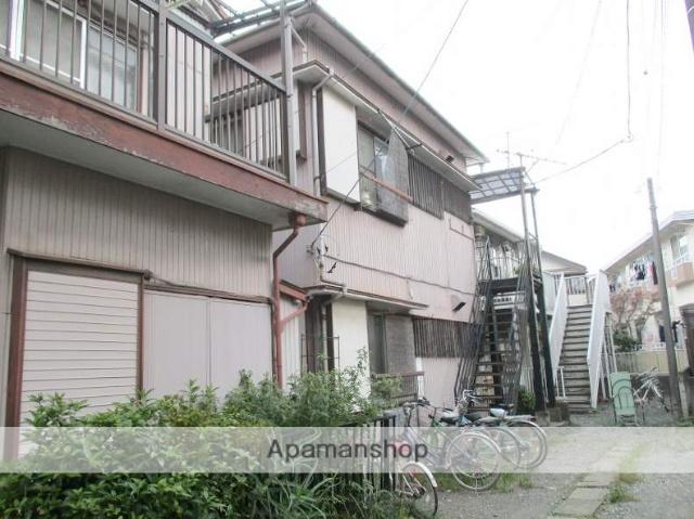 神奈川県横浜市鶴見区、鶴見駅バス8分末吉小学校前下車後徒歩2分の築44年 2階建の賃貸アパート