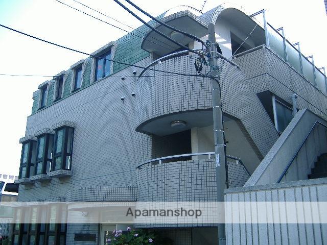 神奈川県横浜市鶴見区、鶴見駅徒歩18分の築26年 3階建の賃貸マンション
