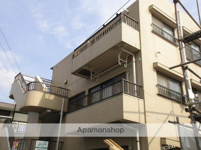 神奈川県川崎市幸区、鹿島田駅徒歩18分の築28年 3階建の賃貸マンション