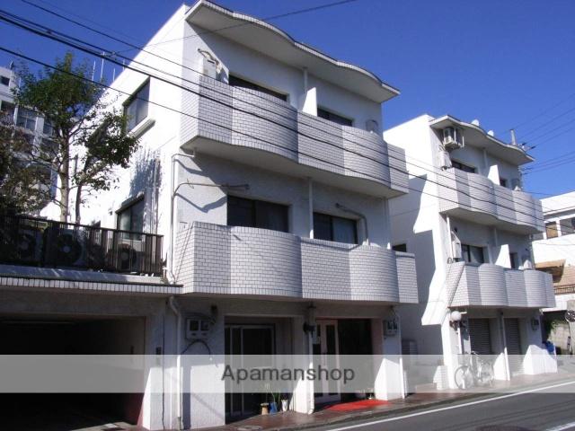 神奈川県横浜市鶴見区、鶴見駅徒歩13分の築33年 3階建の賃貸マンション