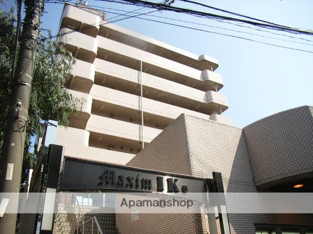 神奈川県横浜市鶴見区、新子安駅徒歩18分の築28年 7階建の賃貸マンション