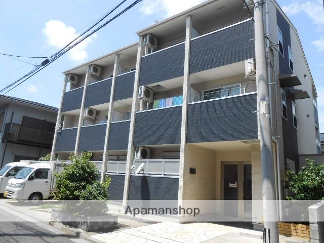 神奈川県横浜市鶴見区、国道駅徒歩12分の築8年 3階建の賃貸アパート