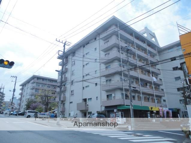 神奈川県横浜市鶴見区、国道駅徒歩17分の築46年 7階建の賃貸マンション