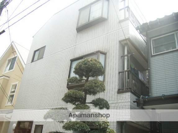 神奈川県横浜市神奈川区、東神奈川駅徒歩10分の築26年 3階建の賃貸マンション