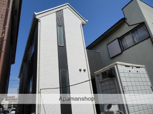 神奈川県横浜市鶴見区、鶴見駅徒歩8分の築2年 2階建の賃貸アパート