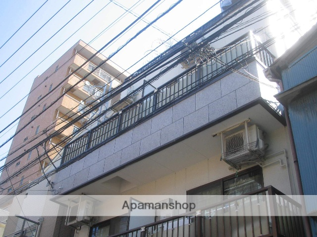 神奈川県横浜市鶴見区、新子安駅徒歩15分の築27年 4階建の賃貸マンション