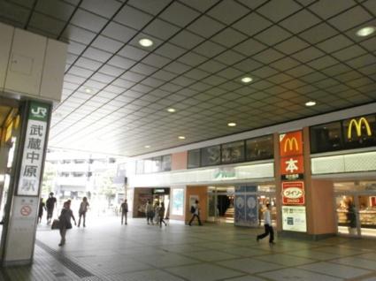 神奈川県川崎市中原区上小田中3丁目[1K/22.36m2]の周辺1