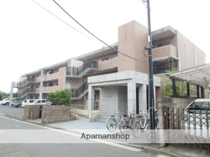 神奈川県横浜市磯子区、洋光台駅徒歩17分の築17年 3階建の賃貸マンション