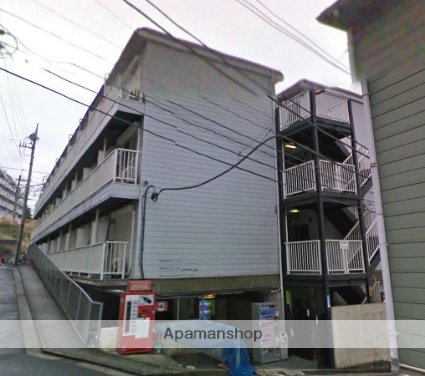 神奈川県横浜市磯子区、新杉田駅徒歩12分の築27年 3階建の賃貸マンション