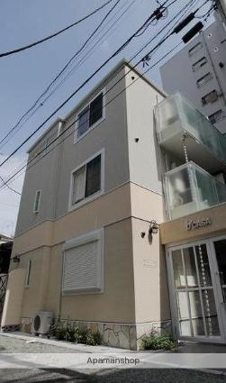 神奈川県横浜市南区、黄金町駅徒歩11分の築5年 3階建の賃貸アパート