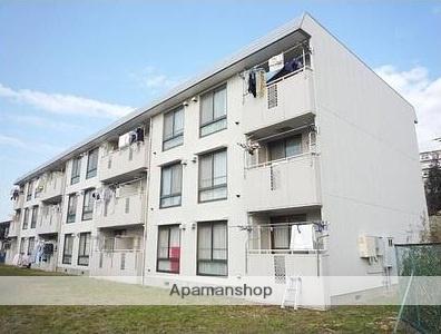 神奈川県横浜市栄区、本郷台駅徒歩26分の築30年 3階建の賃貸アパート