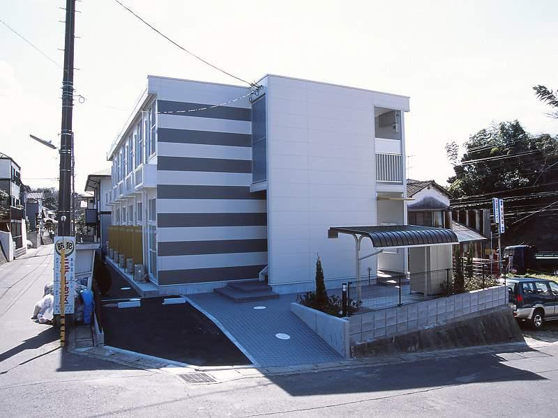 レオパレスカメリア六番館